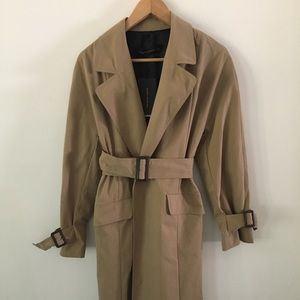Zara Woman trench coat NWT sieze M